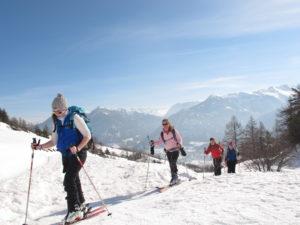 Du ski de randonnée.